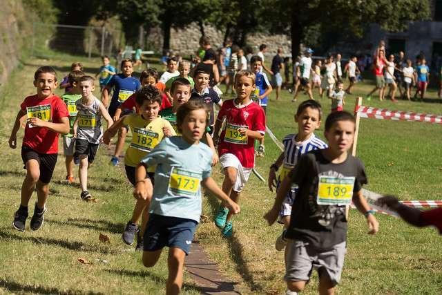 bidasoa atletiko taldea-XLIII Subida a Guadalupe Laboral kutxa: Carreras para niños-Hondarribia