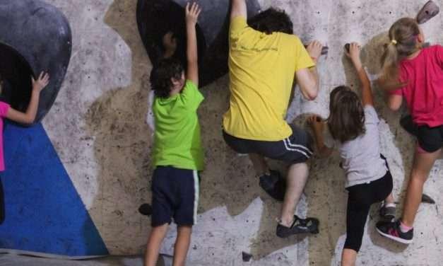 Cursos de escalada en Irun con Txiribuelta