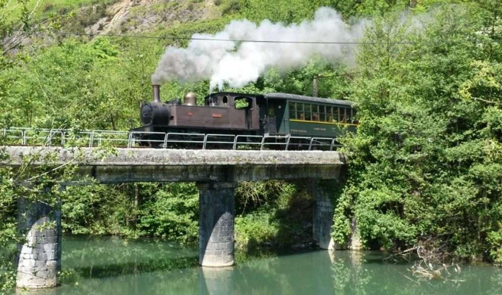 tren de vapor-Euskotren-Museo Vasco del Ferrocarril-Azpeitia
